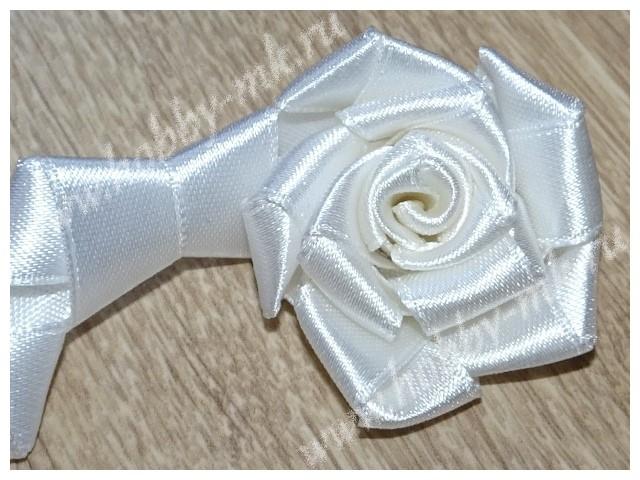 Сворачиваем розу