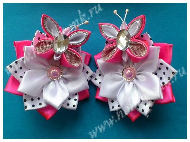 Украшение в стиле канзаши Цветок с бабочкой