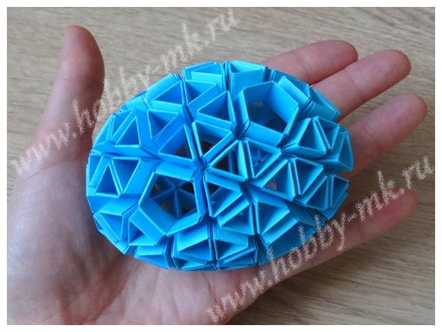 Яйцо в технике модульного оригами